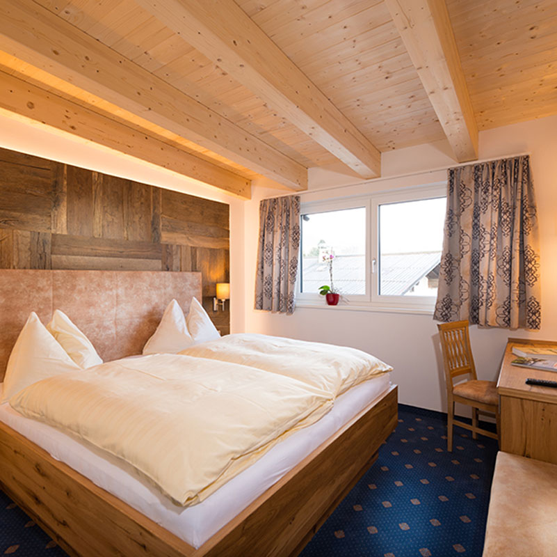 1 Zimmer Wohnung mieten in Maishofen | jawtoons.com